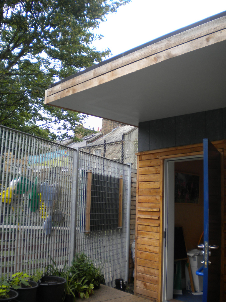 THE ECO SHED, GODOLPHIN PARK, LONDON 4