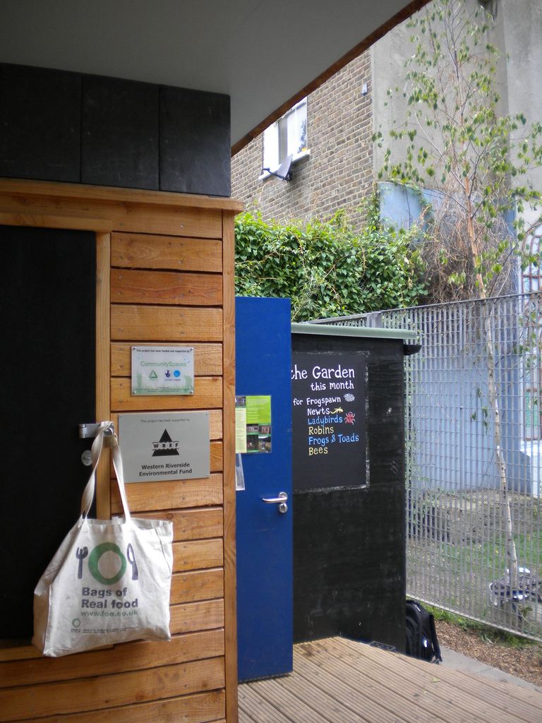 THE ECO SHED, GODOLPHIN PARK, LONDON 5